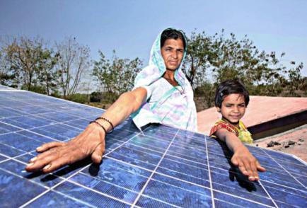 senora india fotovoltaica