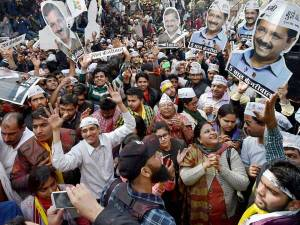 12-1423734973-aap-supporters-celebrates-the-partys-victory-in-the-delhi-1